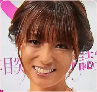 ガングロ深田恭子、黒い。焼けすぎ。