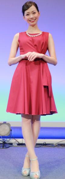 石川みなみアナウンサーかわいい画像